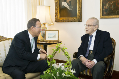 Secretary-General Meets Former UN Head in Lima