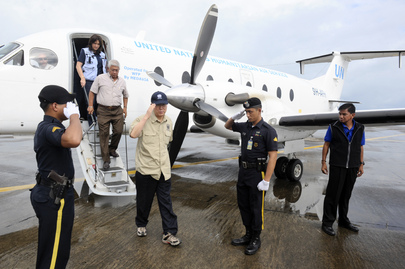 SG Assesses Relief Efforts in the Philippines