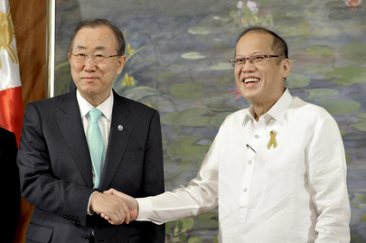SG Visits the Philippines, Assesses UN Relief Efforts