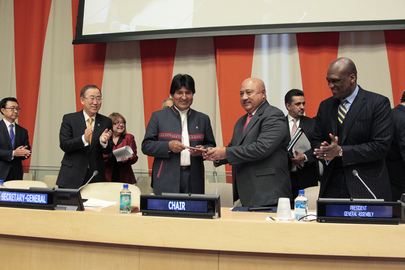 Fiji Hands Over G77 Chairmanship to Bolivia
