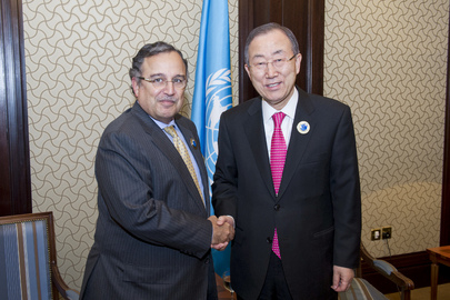 Secretary-General Meets Foreign Minister of Egypt