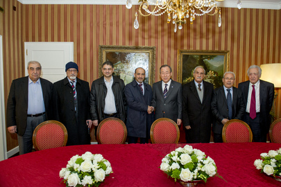Secretary-General Meets with Syrian Opposition Delegation