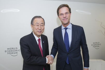 Secretary-General Meets Dutch Prime Minister at World Economic Forum