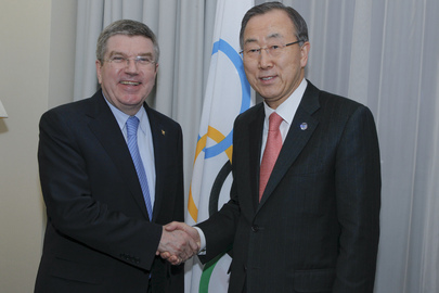 Secretary-General Meets President of IOC in Sochi