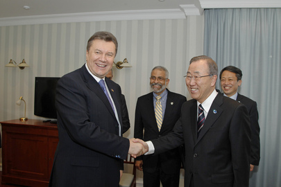 Secretary-General Meets President of Ukraine in Sochi