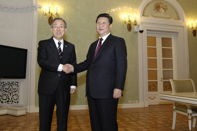 Secretary-General Meets Chinese President in Sochi
