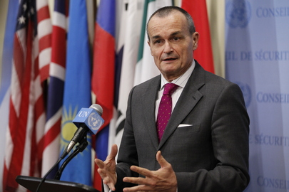 French Representative Speaks to Press on Sudan/South Sudan