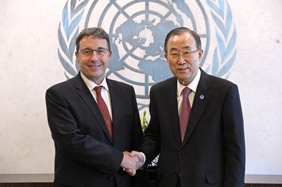 Secretary-General Meets Head of UNEP