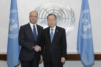 Secretary-General Meets Interior Minister of Italy