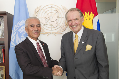Deputy Secretary-General Meets President of Kiribati
