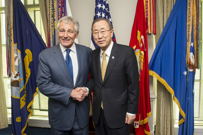 Secretary-General Meets US Secretary of Defense