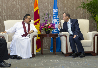 Secretary-General Meets President of Sri Lanka in Shanghai