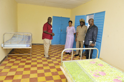 Head of UNOCI Visits Health Centre near Korhogo