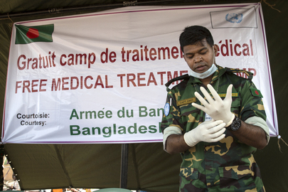 MINUSMA Provides Free Medical Consultations to Fishing Community in Bamako