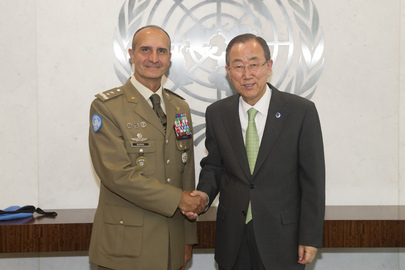 Secretary-General Meets with Head of UNIFIL