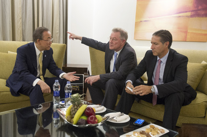 Secretary-General Confers with Advisors, Cairo