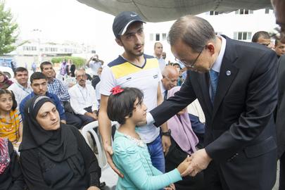 Secretary-General Visits UNRWA Compound in Gaza