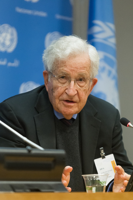 Noam Chomsky Addresses the Press Ahead of Lecture at UN