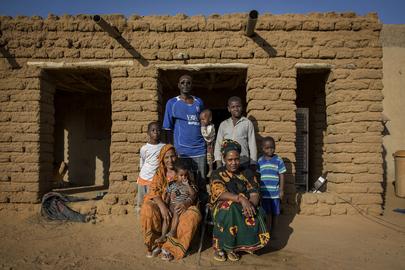 Gao, Mali: Family Portrait