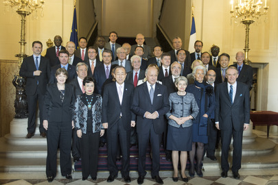 Group Photo of UN Chief Executives with French Foreign Minister