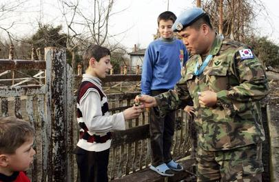 Forces of United Nations Observer Mission in Georgia Patrol Abkhazia Region