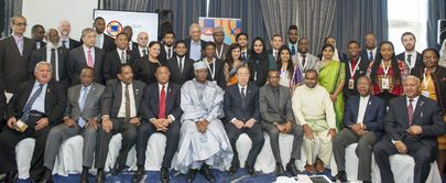 Secretary-General Attends CHOGM Breakfast Dialogue with Youth Leaders