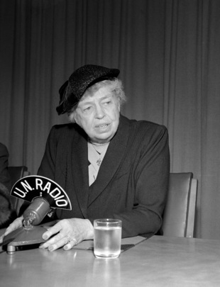 Mrs. Roosevelt Gives Press Conference at UN