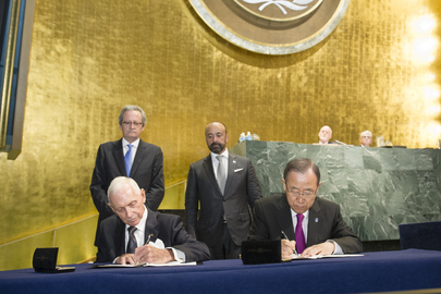 Summit for Refugees and Migrants, Signing Ceremony of UN-IOM Agreement