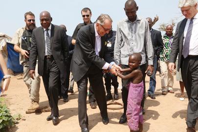 Deputy Secretary-General Visits M'poko IDP Camp, Bangui
