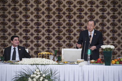 Secretary-General Attends Luncheon in Turkmenistan