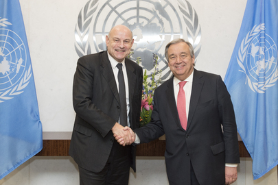 Secretary-General Meets Development Minister of France