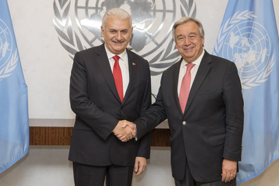 Secretary General Meets Prime Minister of Turkey