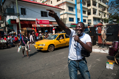 Street Performers Hired by UNMIL Inform Public about Mission's Closing