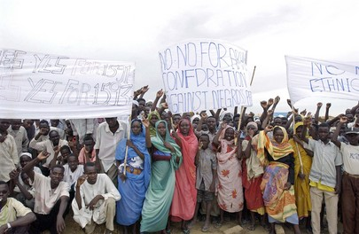 Secretary-General Visits Refugee Camp in South Darfur