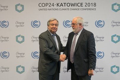 Secretary-General Meets EU Climate Action and Energy Commissioner at COP24