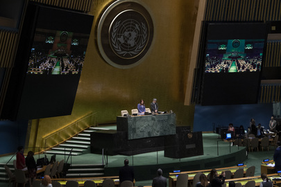 General Assembly Observes Moment of Silence for Victims of Attacks in Sri Lanka