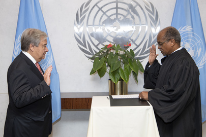 Secretary-General Swears in Judges for United Nations Dispute Tribunal
