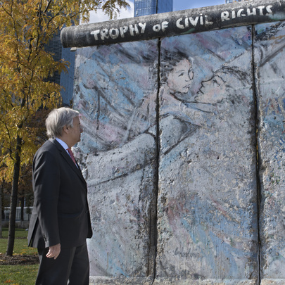 Secretary-General Commemorates Fall of Berlin Wall