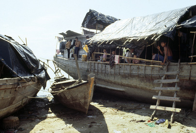 Coping with Disaster: Vietnamese Refugees in Thailand