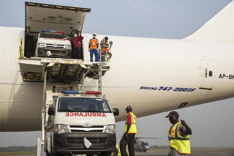 UNMEER Delivers Ambulances, Motorbikes, Equipment to Sierra Leone