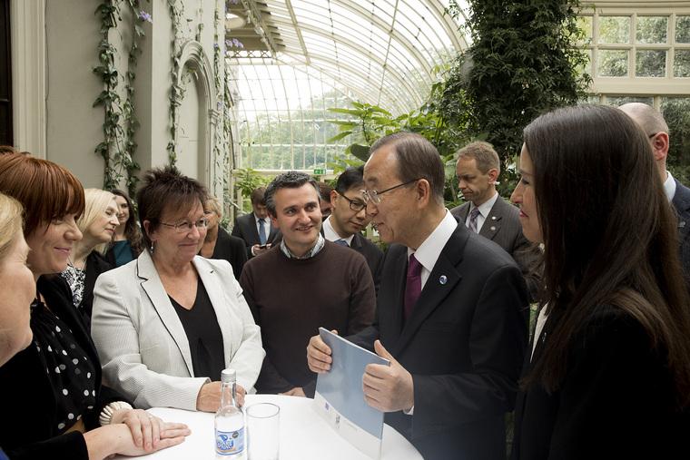 Secretary-General Meets Resettled Refugees Living in Ireland