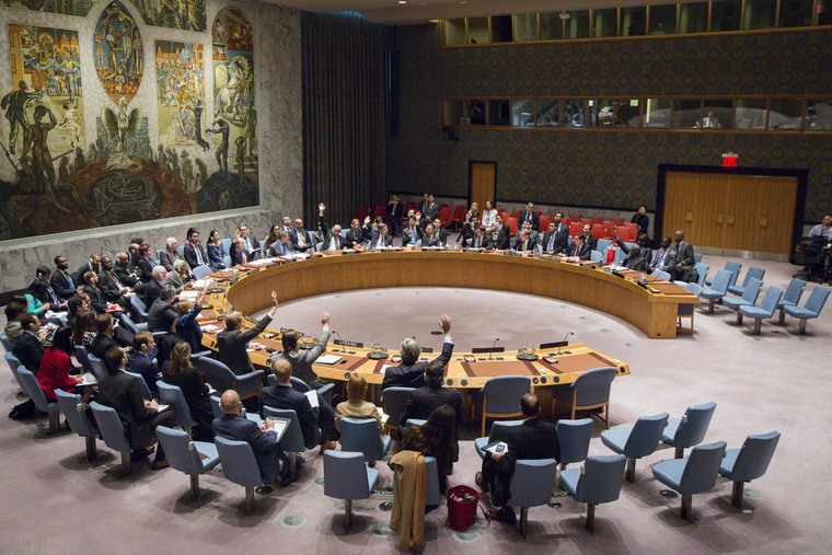 Security Council Extends Mission in Western Sahara