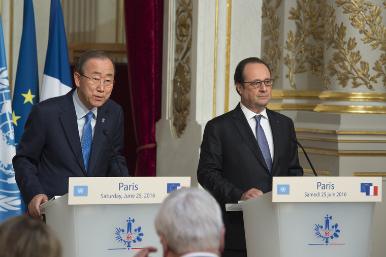 Secretary-General and President of France Hold Press Conference