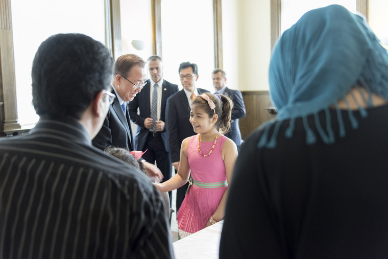 Secretary-General Meets Syrian Refugees in Canada