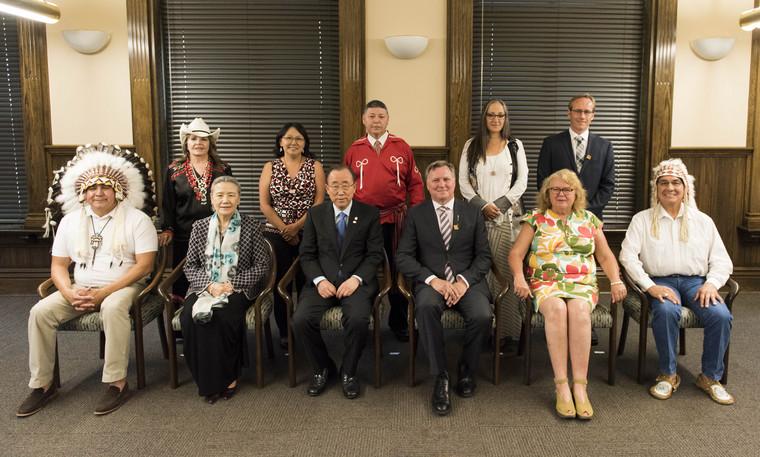 Secretary-General Meets Aboriginal Leaders of Alberta, Canada