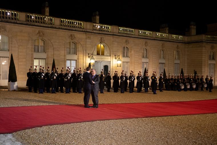 Secretary-General Visits Paris, France