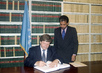 BELARUS SIGNS WORLD HEALTH ORGANIZATION FRAMEWORK CONVENTION 4.4730477
