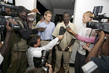 Humanitarian Affairs Chief Holds Joint Press Conference in Sudan 4.369068