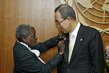 Wife of Detained UN Staff Member Gives Secretary-General Memorial Pin 1.8200397