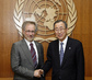 Secretary-General Meets US Film Director 9.397248